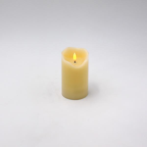 LED Kerze 3D Flame 7,5x12,5 cm Creme von Werner Voss