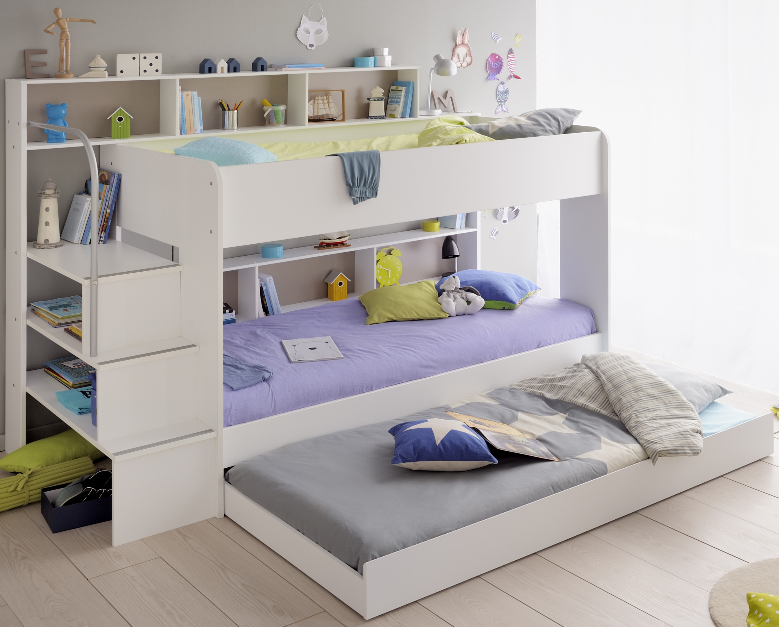Kinderzimmer Mit Etagenbett : Kinderzimmer set tlg inkl etagenbett bettkasten u