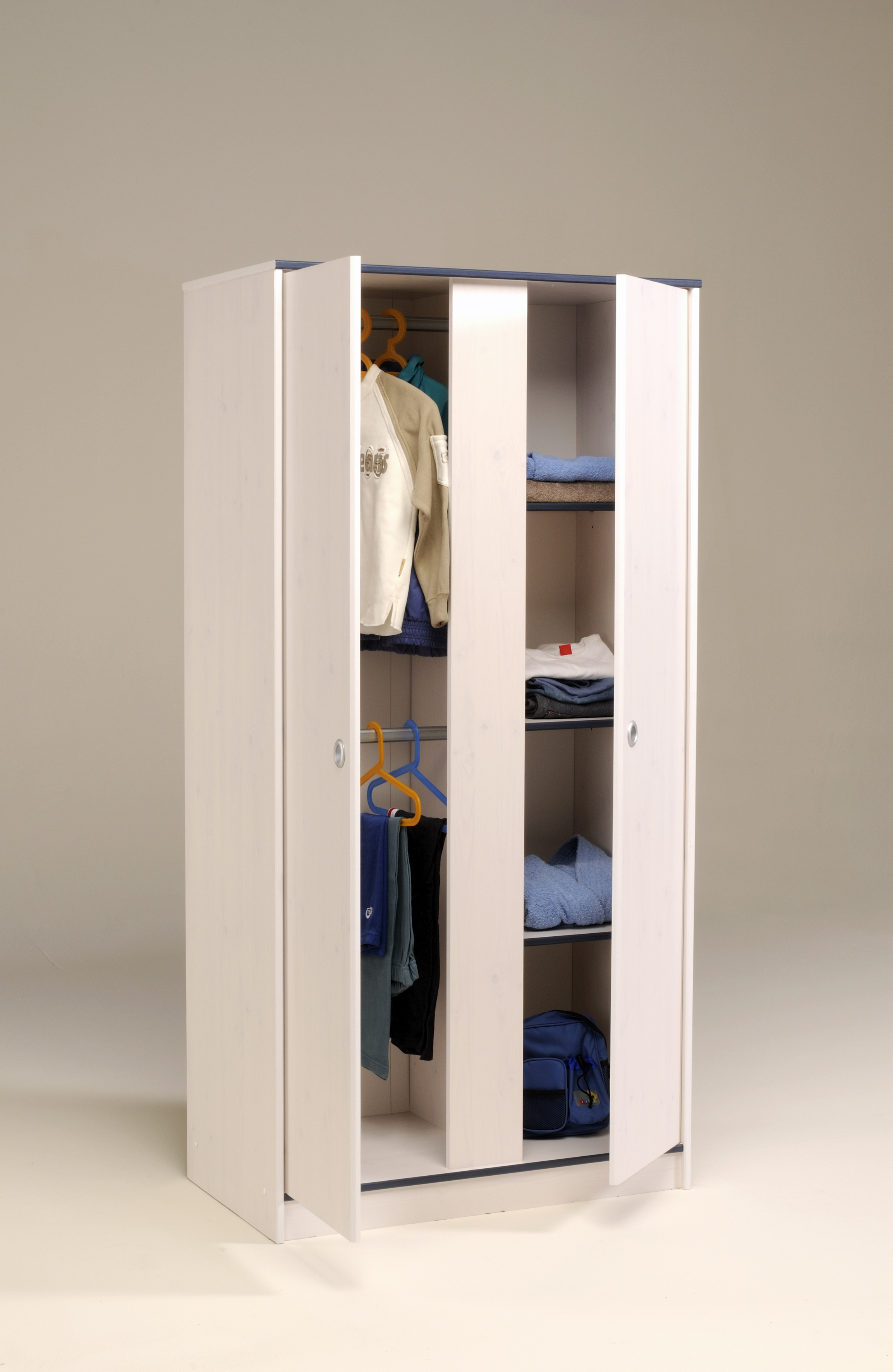 Schlafzimmer 4 Tlg. Inkl 90x200 Stauraumbett U 2 Trg Kleiderschrank Smoozy  21b Von Parisot Kiefer Weiss / Pink