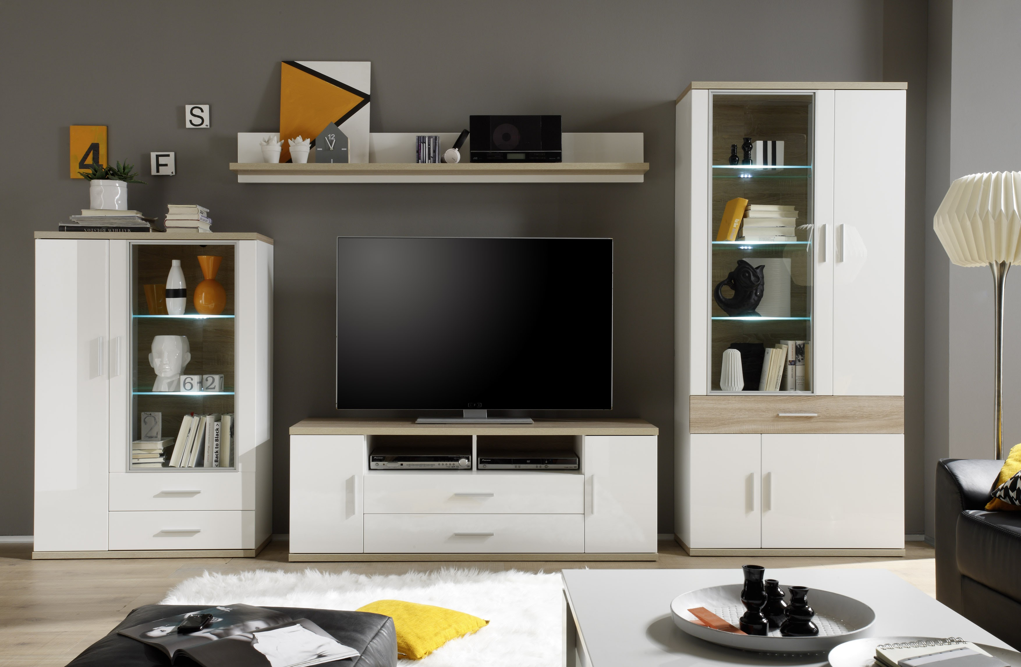 anbauwand weiss eiche sanoma hell inkl beleuchtung. Black Bedroom Furniture Sets. Home Design Ideas