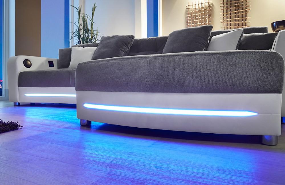 Wohnlandschaft laredo mit integriertem soundsystem - Couch beleuchtung ...
